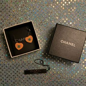 HEART SHAPED CHANEL VINTAGE HEART EARRINGS
